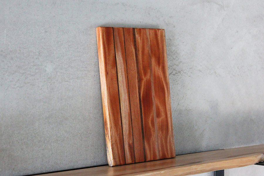 wooden-cutting-board-FabsFurniture-c-1