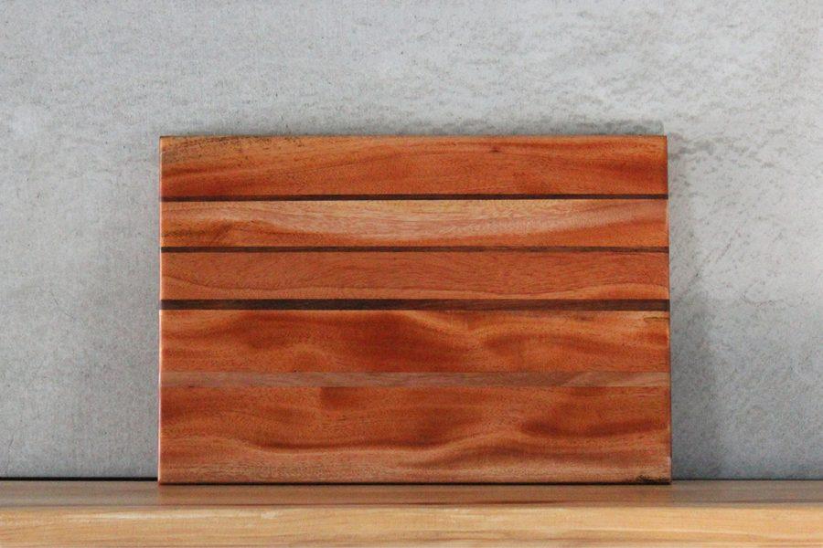 wooden-cutting-board-FabsFurniture-c-3-2