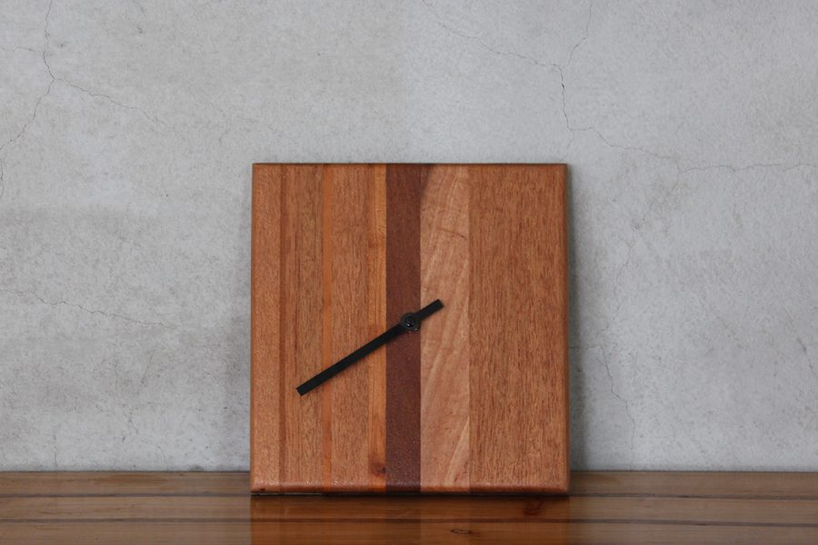 wooden-tideclock-c-FabsFurniture-1