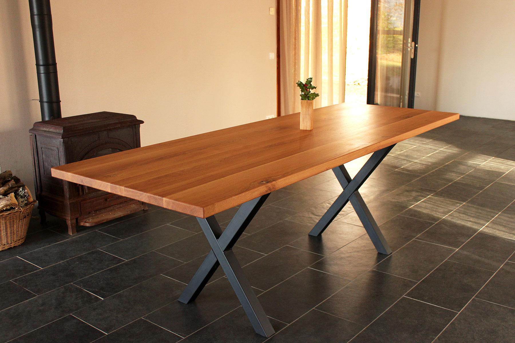 Oak-dinner-table-Dining-Room-furniture-FabsFurniture