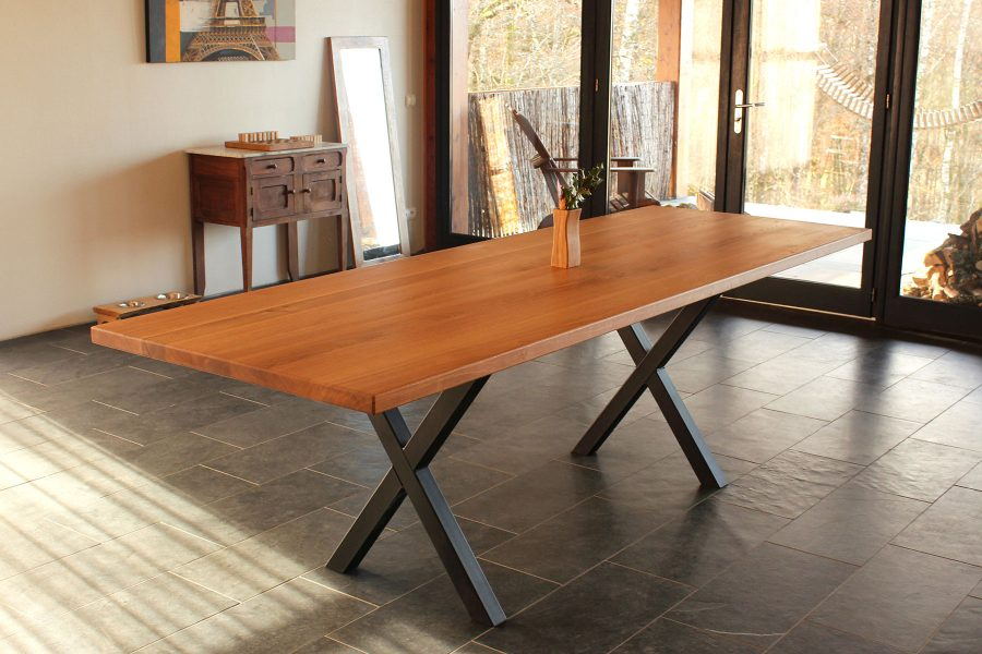 Oak-dinner-table-Dining-Room-table- FabsFurniture designs