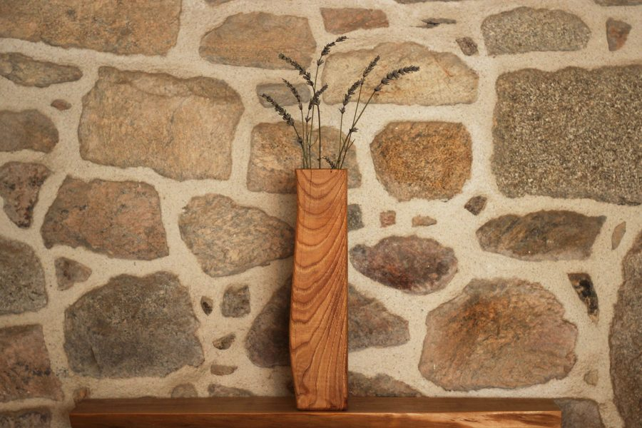 Wooden-vase-curves-patterns-FabsFurniture