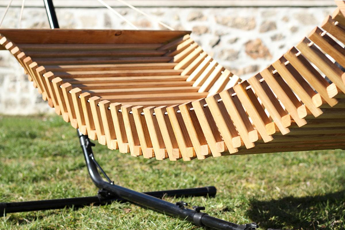 FabsFurniture - Hamac bois avec Stand - détails en bois