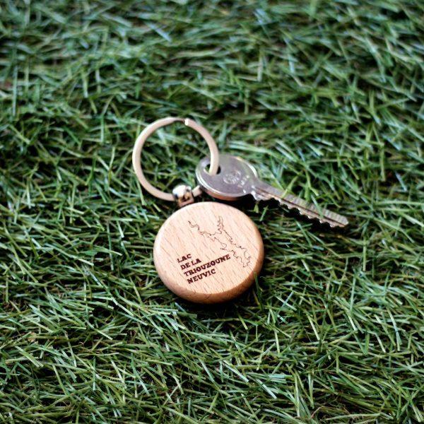 FabsFurniture-wooden-keychain-1